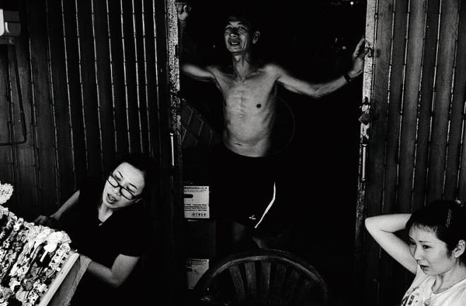 Photographer: Zhou Han Shun