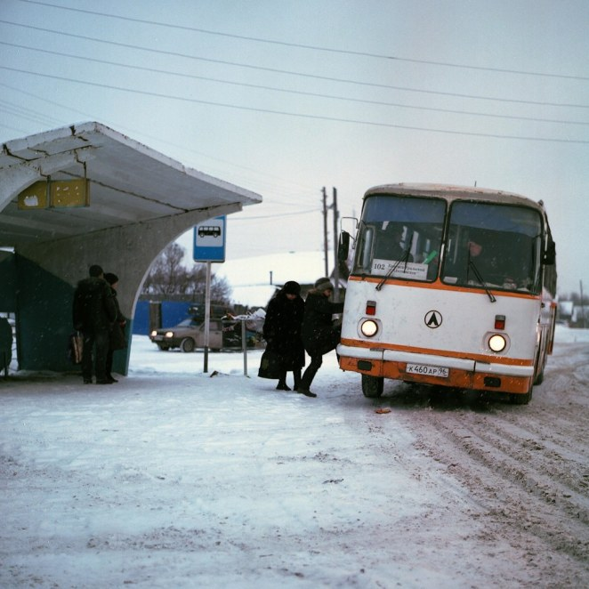 Anton Novoselov © All rights reserved. // One hundred and two.This bus runs from Kamensk-Uralsky to the village of Sosnovskoye. I've wanted to take a picture like this for a long time, and I even studied the schedule to watch it, but somehow I couldn't catch it. During the winter holidays I was returning by car from Kamensk and met him on the road. Then there was a little chase and an ambush at the bus stop. I'm lucky this time.